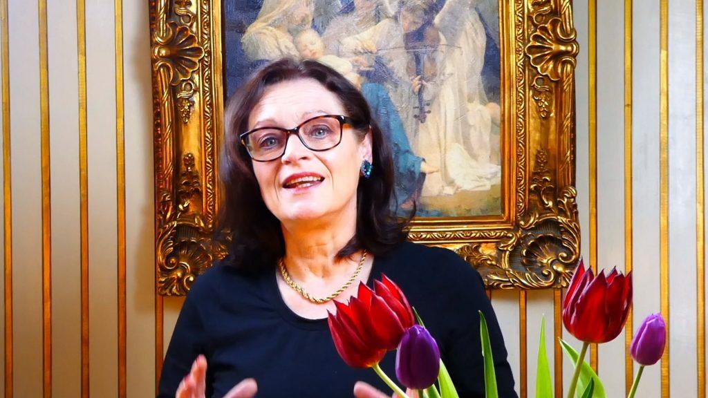 Susanne Dieudonné beim Vortrag